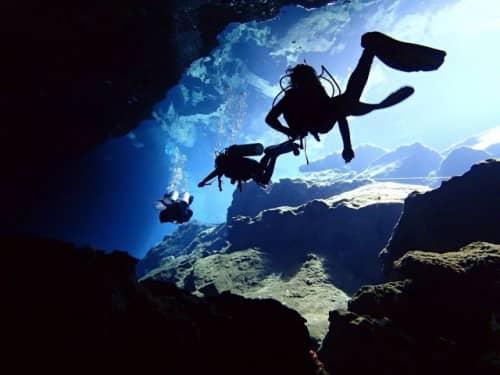 メキシコ カンクン セノーテでのダイビング