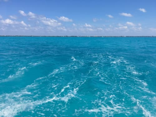 メキシコ カンクンの海