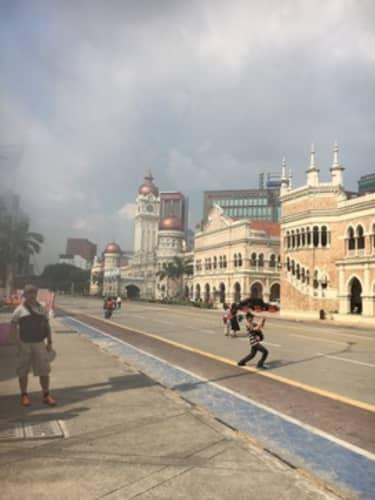 伝統的な建物が並ぶ