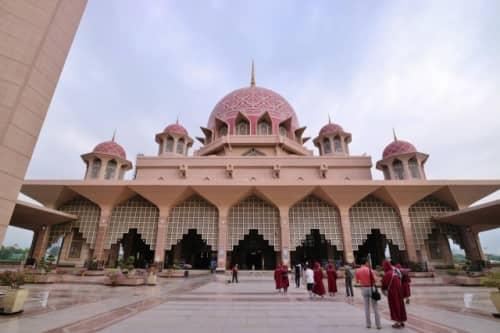 豪華絢爛なモスク