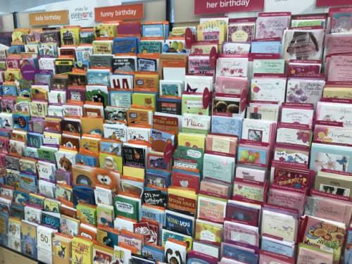 種類豊富なカード類