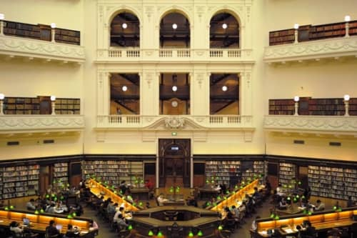 ビクトリア州立図書館の勉強スペース