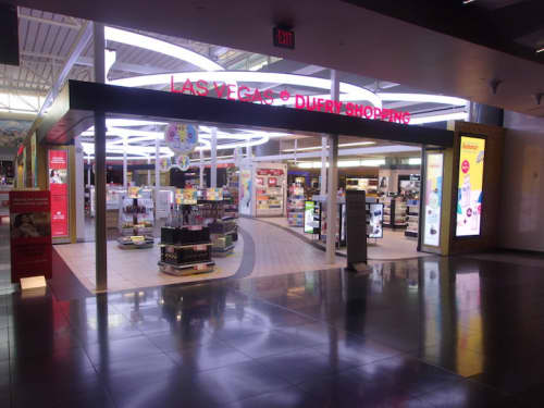 空港免税店