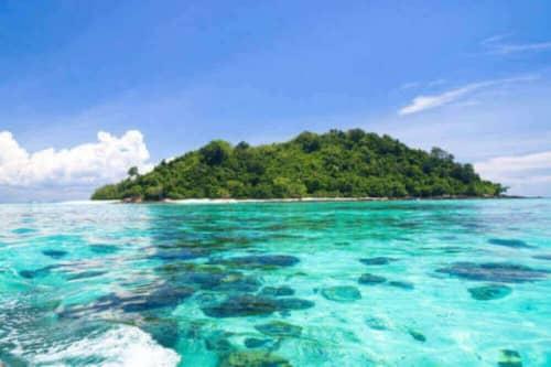 美しいグリーン島