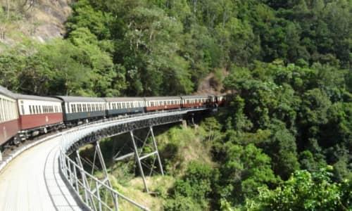 キュランダの電車