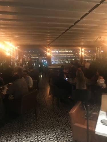 メキシコ料理レストランの雰囲気