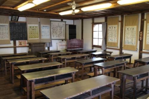 開明学校 教室
