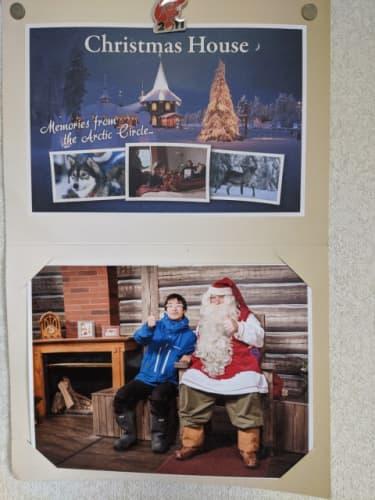 サンタクローと記念撮影