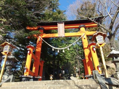 新倉富士浅間神社 鳥居