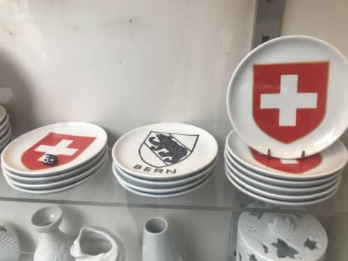 スイスマークのお皿