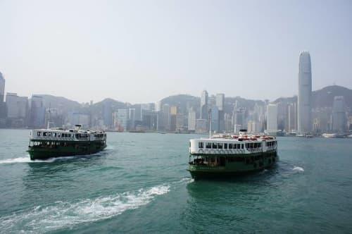 香港 春 スターフェリーは寒い