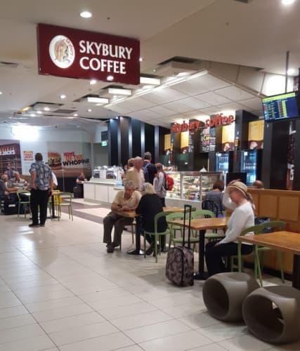 国内線出発口内にあるSkybury Coffee