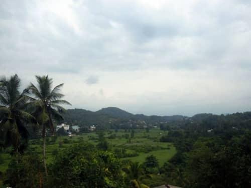 宝石で有名な町・ラトゥナプラの風景
