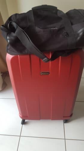荷物のイメージ写真