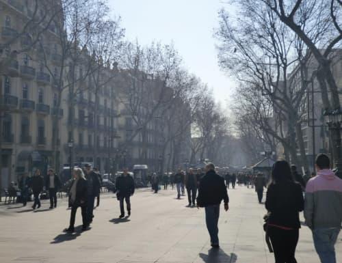 バルセロナ 朝の風景