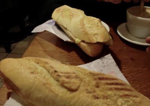 スペインの軽食 ボカディーリョ