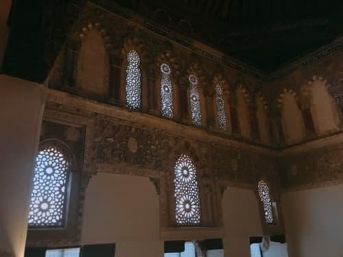 シナゴーグ 窓