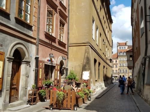 旧市街のステキな小道