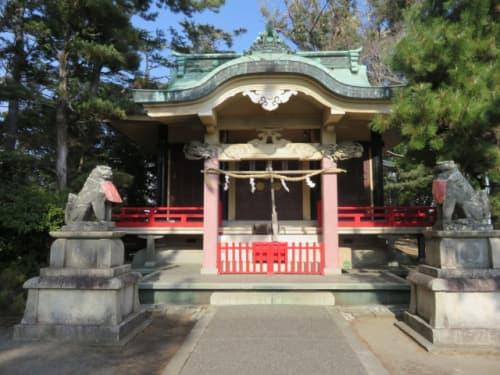 元城町東照宮の拝殿