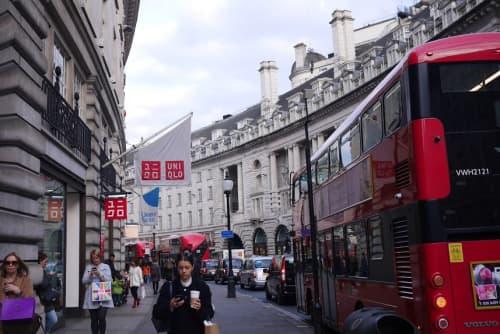 ユニクロとロンドンバス