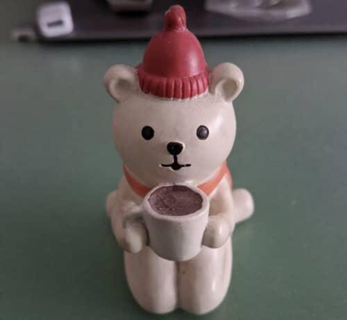 机上 熊の置物
