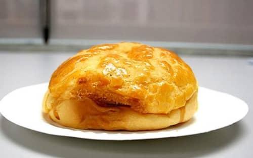 ドンクのパイナップルパン