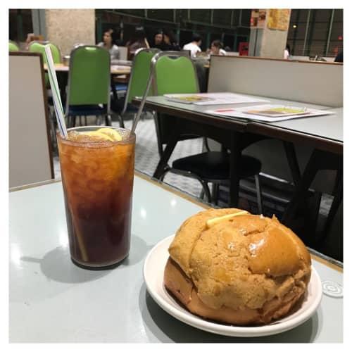 美都茶餐室のパイナップルパン