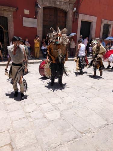 メキシコの先住民パレード