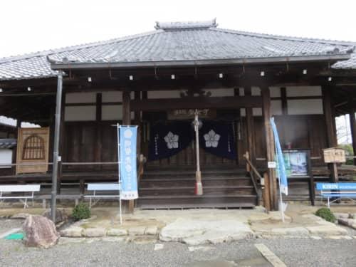 盛安寺の本堂