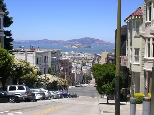 サンフランシスコ市内の坂上からの絶景