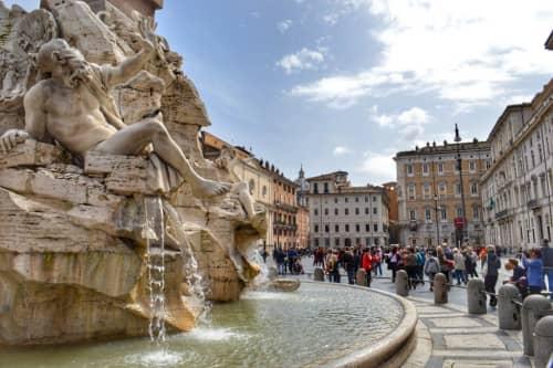 天気がいい日と最高にマッチするローマ市内