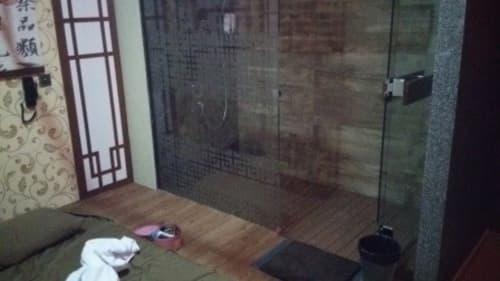 プレイルームのシャワー区画