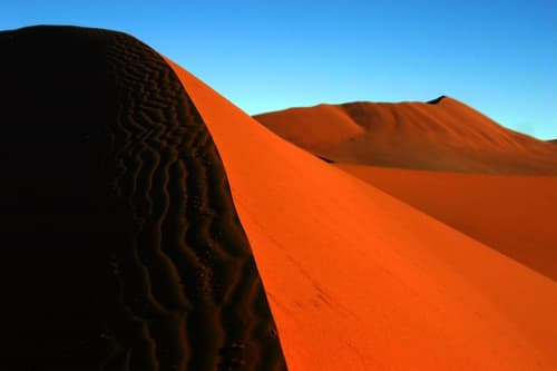 ナミブ砂漠の赤土