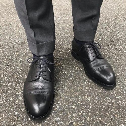 結婚式の靴は何が正しい 知っておきたいメンズのお呼ばれマナー