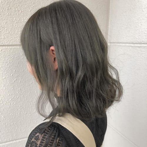 グリーンアッシュのおしゃれなヘアカラー厳選 冬に暗めヘアにしたい