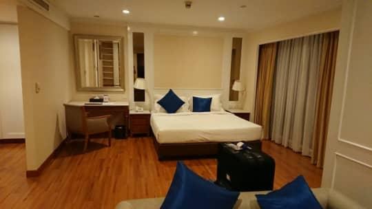バンコク4つ星ホテル