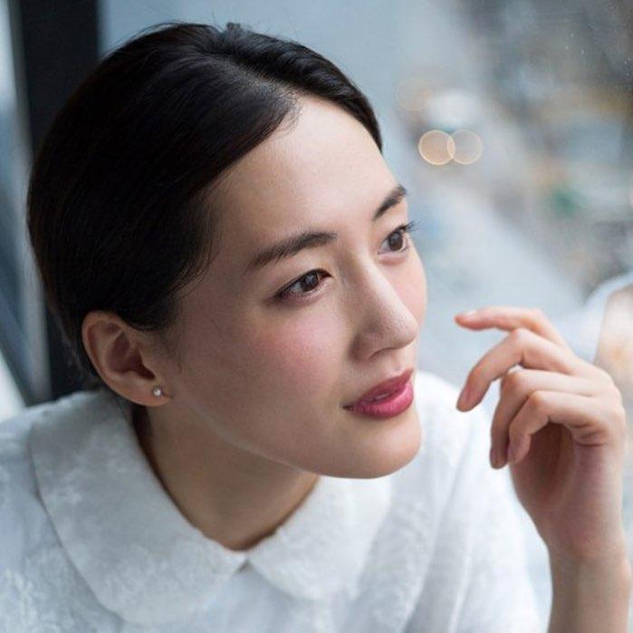 綾瀬はるかみたいな肌になりたい!きれいな肌になるための秘訣を