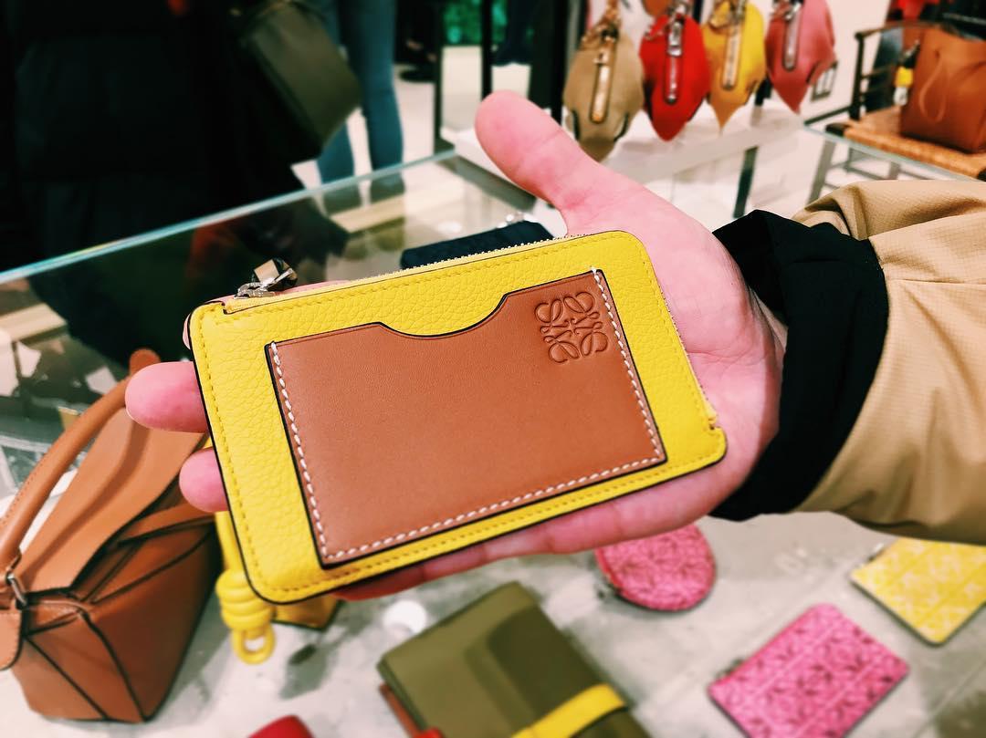 new style b8764 31226 2019年最新】スペインのお土産に上質でおしゃれな革製品を ...