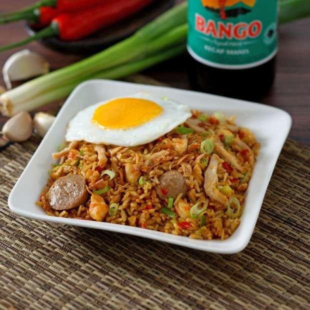 インドネシア料理 ナシゴレン (Nasi Goreng)