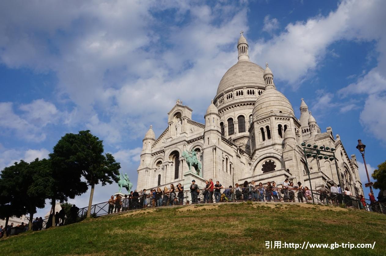 パリの風景 モンマントル地区
