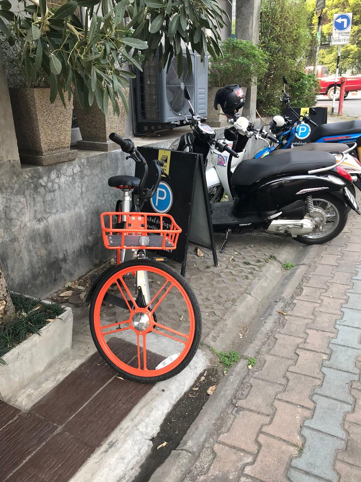 タイ・チェンマイの風景 自転車