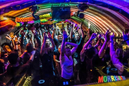 ブダペストのクラブ・Morison's 2