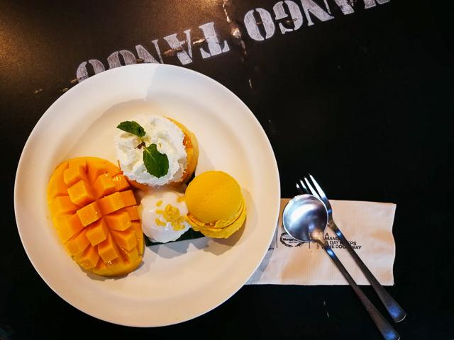 バンコクのカフェ・Mango Tangoの食事