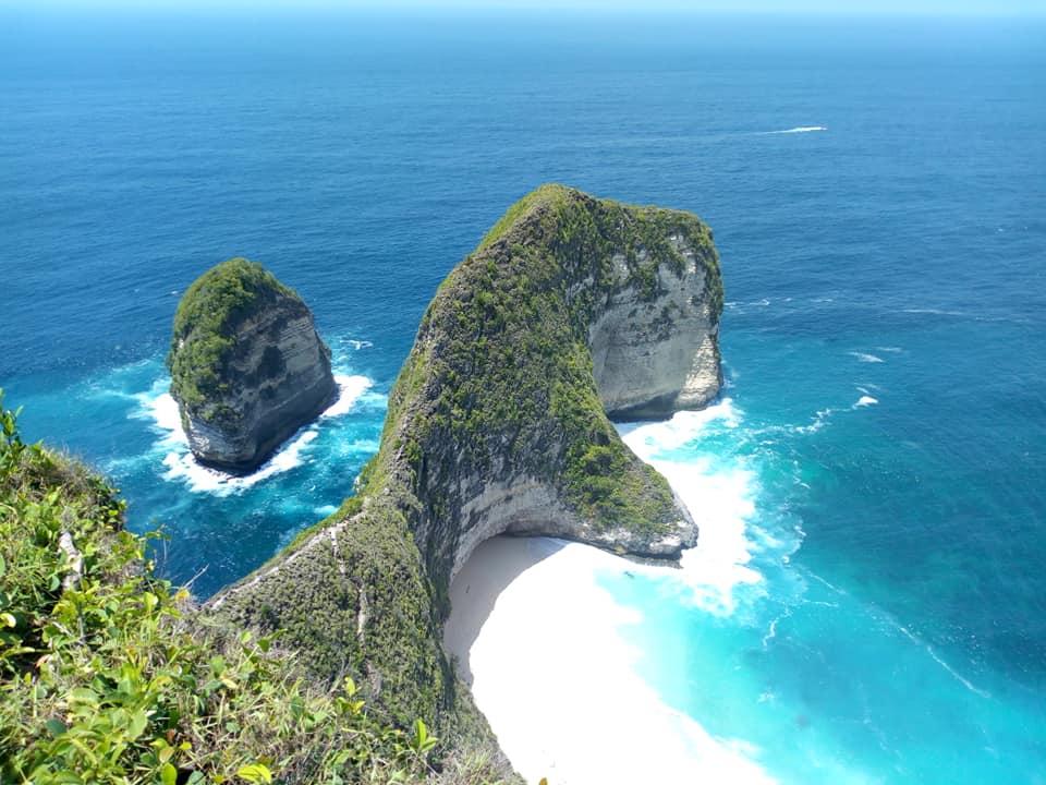 ヌサぺニダ島