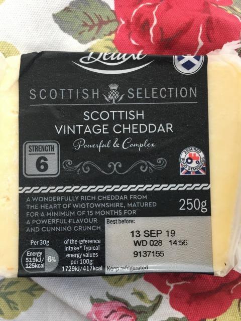 スコットランドのオートケーキ チェダーチーズ