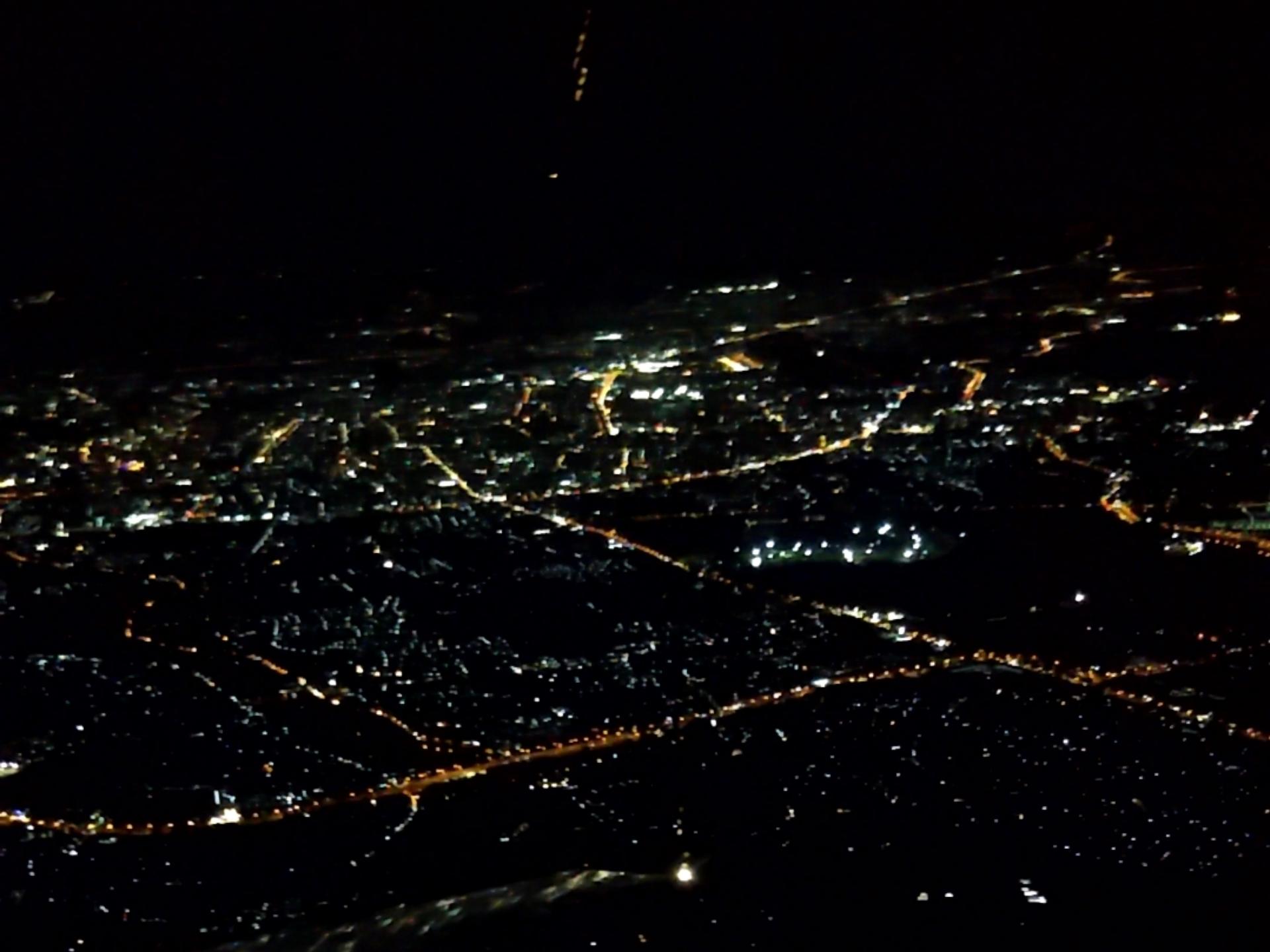 飛行機から撮ったチェンマイの夜景