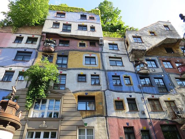 ウィーン フンデルトヴァッサーハウス