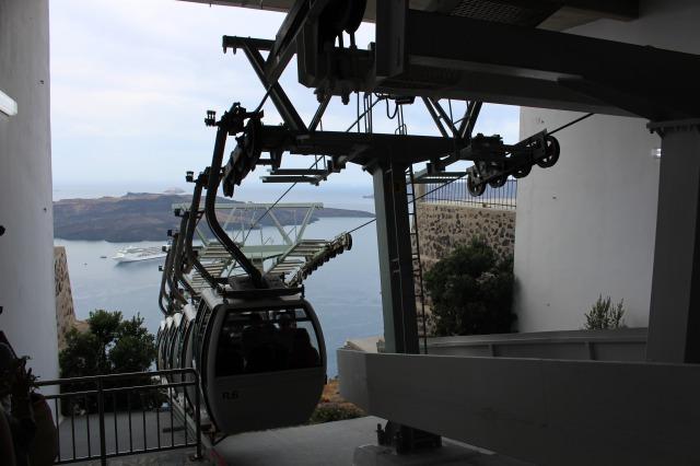 サントリーニ島 ケーブルカー