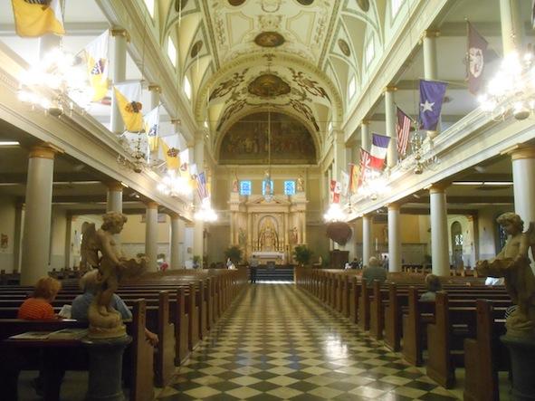 ニューオリンズ セントルイス大聖堂内