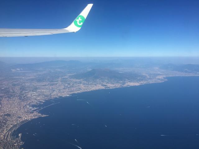 ナポリ上空